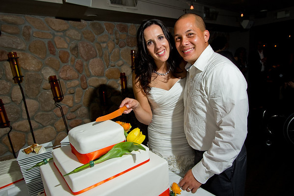 IMAGE: http://abinajmphotography.smugmug.com/Clients/Jen-and-Jerome-Wedding/i-qwpwjXf/0/M/JenAndJeromeWedding-20120908-M.jpg